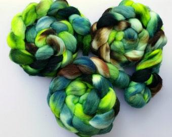 Merino Wool Roving - Handpainted Spinning Fiber or Felting Fiber - OOAK Ghost in the Graveyard 4oz