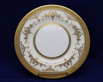 Minton Riverton Gold  Salad Plate  Bone China Made in England (4 available) (D)