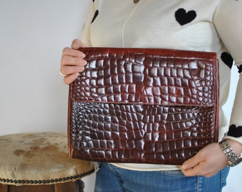 Vintage MADIANI & MADIANI ITALIAN leather clutch .....(376)