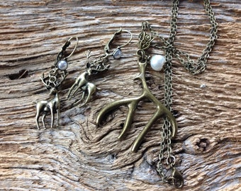 Deer earrings and deer antler necklace set: antique bronze deer and antler jewelry with white pearls