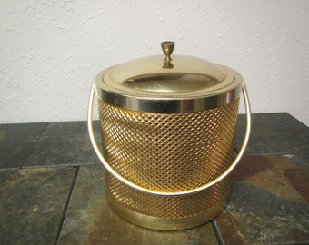 vintage  Italian GOLDTONE ICE BUCKET : Brighten up your bar with this mid century
