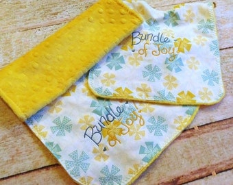Minky Baby Bib and Burp Cloth Set - Baby Bib Set - Baby Bib - Minky Burp Cloth - Minky Baby Bib - Baby Shower Gift - Burp Cloth Set