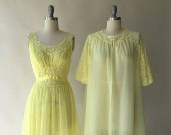 VANITY FAIR lemon chiffon nightgown & peignoir set / S / M