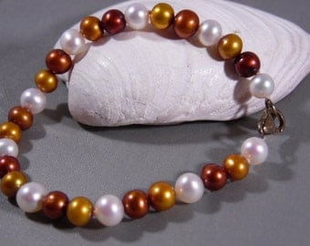 Multi Color Pearl Bracelet With Lobster Clasp-Size 7 1/2'' Long-Hallmark On tag Near Clasp 925