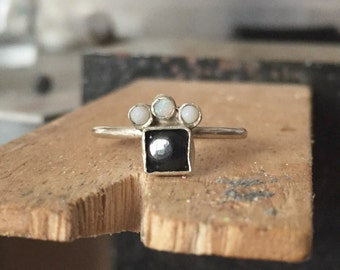 Opal and onyx skinny ring size N / 7