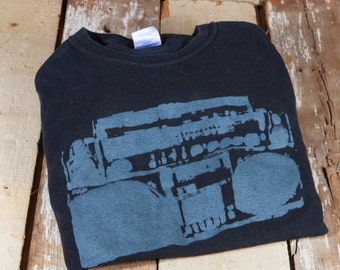 Retro Boombox StereoT Shirt (M)