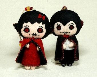 Dracula and Girl Vampire Dolls, Doll Couple, Pair of Wool Felt Halloween Ornaments * Ready to Ship