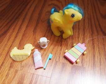 My Little Pony G1 Baby Bouncy First Tooth with Accessories Hasbro Vintage Ponies