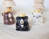 King bear totem Baby bear figurine Polymer clay animal totem Bear Miniature bear Woodland animal miniature Collectible animals Polar bear