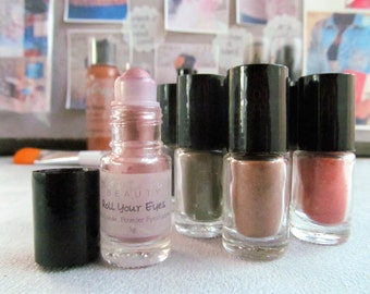 Roll Your Eyes Sheer Mineral Eyeshadow 3 for 15