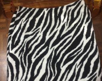 Super cute 90s zebra highwaisted A line skirt!!!!