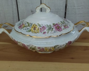 Royal Jackson Lord Mayfair Oval Covered Vegetable Casserole Dish