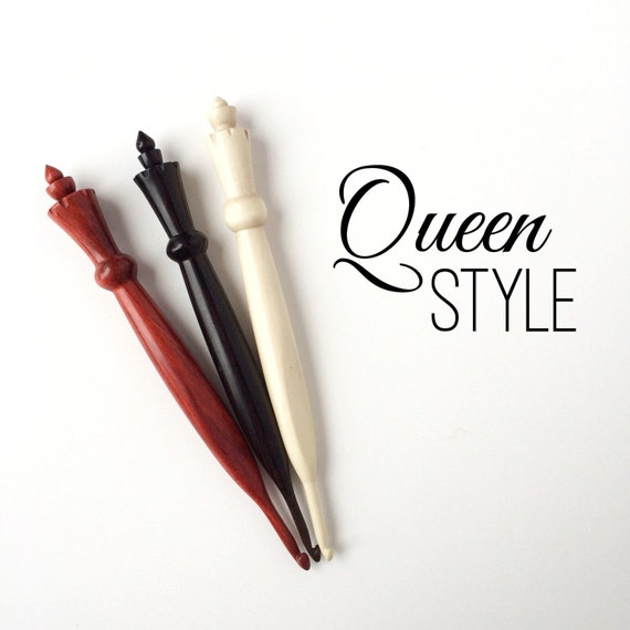 Custom Crochet Hook, QUEEN STYLE, made from exotic wood, ergonomic, made to order, any size, wooden hook, crocheting tool