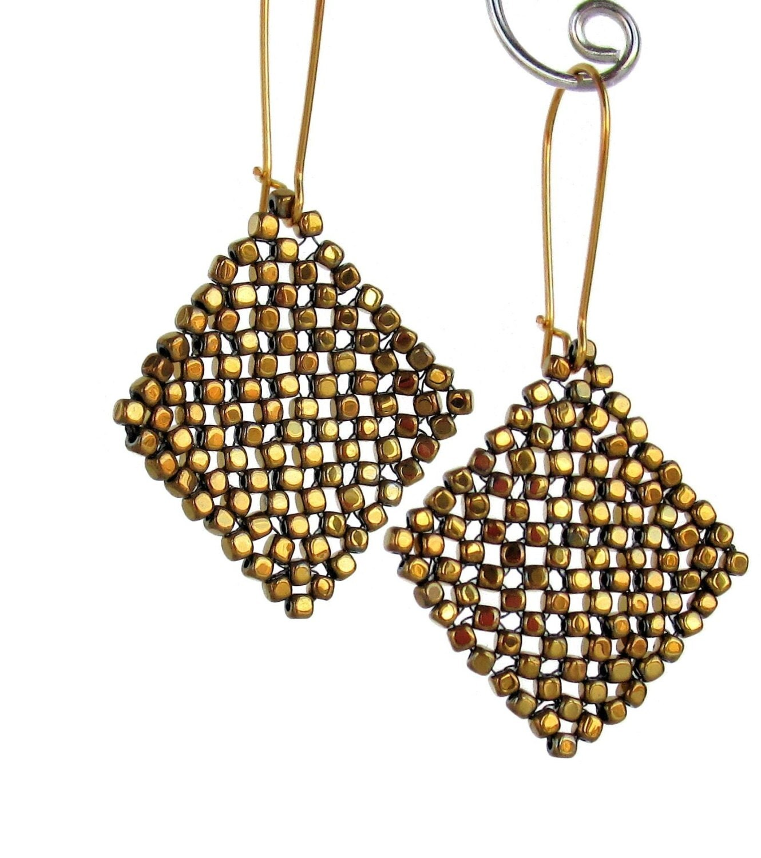 Basic Diamond: Basic Diamond Weave Tutorial New Beading Stitch Bead