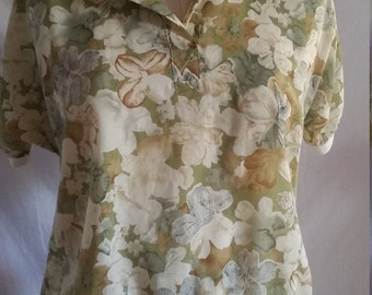 Vintage In Vogue Fashions ochre and olive green floral blouse size medium/14