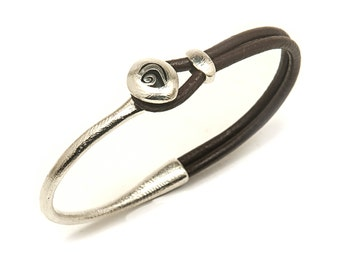 Men's bracelet in silver and leather