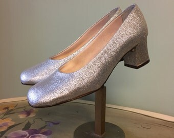 Vintage 1960's Thom McCann Mary Jane Style Silver Shoes