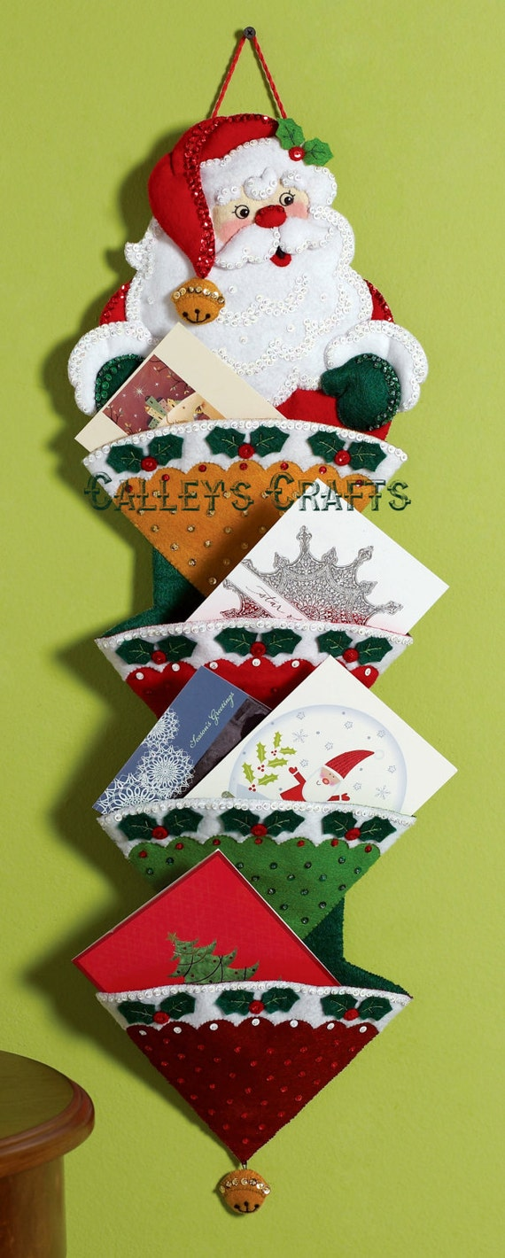 Bucilla Holly Jolly Christmas Greeting Card Holder Felt Kit