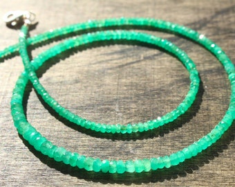 Emerald gemstone necklace, natural Colombian emerald gemstone necklace