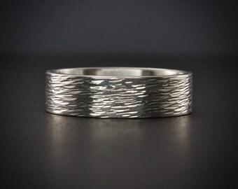 Polished Sterling Silver Ring, Tree Bark Ring, Hammered Ring, Polished Shiny Ring, Textured Ring, Simple Wedding Band, Minimalist Ring, 6 mm