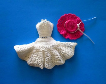 Vintage 1960s Crocheted White Dress and Hat For Barbie Francie & Same Size Dolls Pristine!