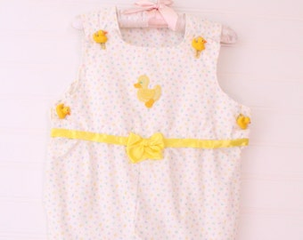 Vintage baby romper.white ducky no name romper for about 9 Mo