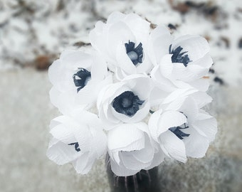 Paper Flower Bouquet, White Paper Anemones, Crepe Paper Anemones,  Wedding Paper Flowers, Crepe Paper Flowers, Wedding Centerpiece