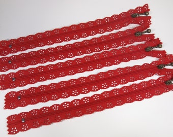 3pc zipper 30cm / 12 inch red lace closed end (Z82)