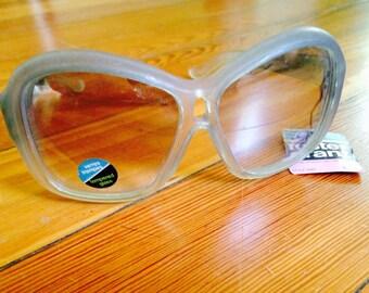 vintage sunglasses , foster grant women's,  blue