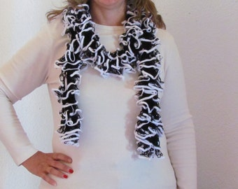 Starbella referee knitted ruffled scarf - black with white trim