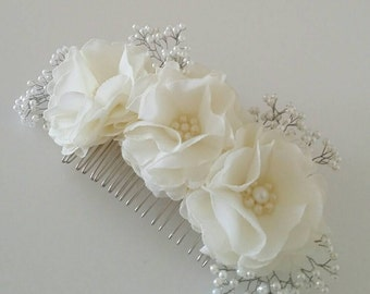 Ivory flower hair comb Bridal hair accessory Wedding hair accessory