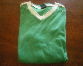 vintage Jantzen shirt-sport shirt-green and white trim-size L-short sleeves-