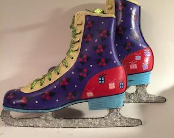 Decorative door skates