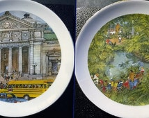 Pair of Chicago Scene Collectible Plates, Fields Museum and Grafield Park Conservatory, Franklin McMahon 1979, Mint in Original Box