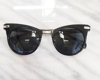 The Bardot / vintage cateye two tone black and clear 1950s sunglasses / 90s deastock clear black cat eye wayfarer sunglasses