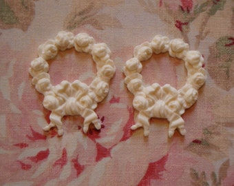 Shabby and Chic Petite Wresth Roses Bow  2pcs Furniture Applique