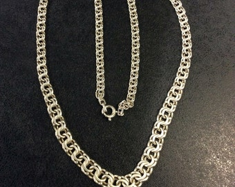 Sterling silver graduated chain necklace