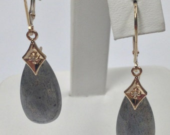 Natural Labradorite Diamond Dangle Earring 14kt Yellow Gold