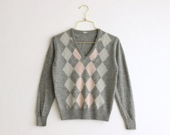 vintage gray argyle sweater/ lightweight pastels knitted top/ pink gray knit blouse size small