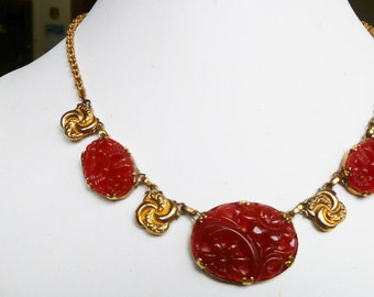 1920-40s Gorgeous ART DECO Vintage CZECH Molded & Pierced Carnelian Glass Necklace