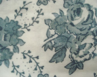 """Vintage Valance Blue Rose on White Shabby Chic Victorian Heart 100% Cotton  58"""" Wide x 16"""" Long Floral Curtain Vintage Curtain"""
