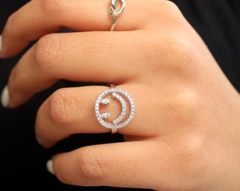 925 Sterling Silver Happy Face Ring/  Happy Face Ring/ Cubic Zirconia Ring/ Sterling Silver Ring/ Emoji Silver Ring/ Gift For Her