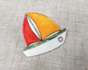 Summer brooch - Sailboat brooch - Nautical brooch - Gift for her - Summer jewellery