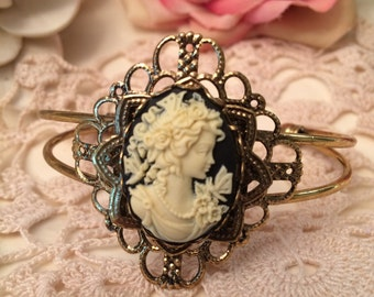 Victorian Cameo Cuff Bracelet/ Antique Gold Bracelet/ Cream & Black Cameo/ Bridal Jewelry/ Romantic Jewelry/ Vintage Reproduction/ Cuff