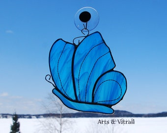 Stained glass butterfly blue - blue stained glass hanging - stained glass cling - blue suncatcher  - Arts Vitrail