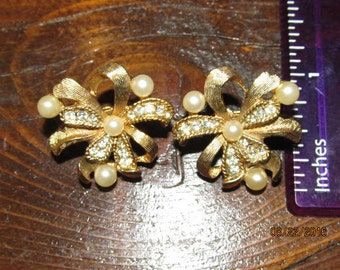 Vintage Signed Marvella Clip On Earrings Ribbons with Pearls & Crystal Rhinestones