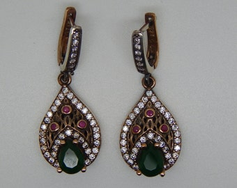 Vintage Emerald  Earrings . Emerald  Earnings .Emerald  jewelry.Green stone.Sterling silver earnings . Antique style earnings