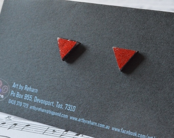 Geometrical Triangle Earrings - GLITTER RED