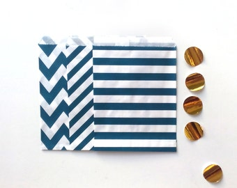 24 Navy Paper Bags Party Goodies Sweets in 3 designs with gold stickers