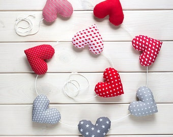 Heart garland, 9 red-grey hearts